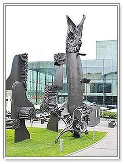 фото памятника щуки в Хельсинки